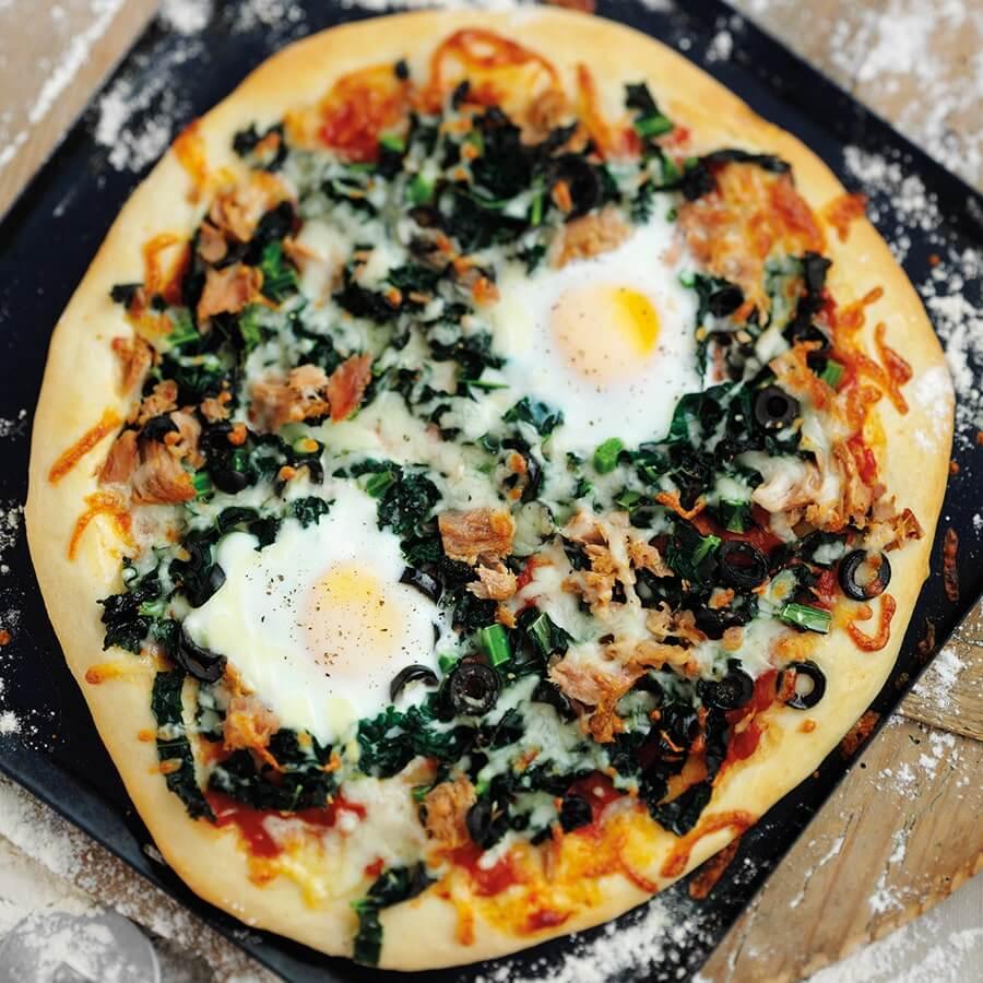 Picture of Cavolo Nero Pizza with Tuna Eggs