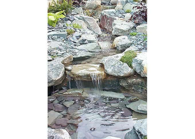 Naturalistic rock cascade