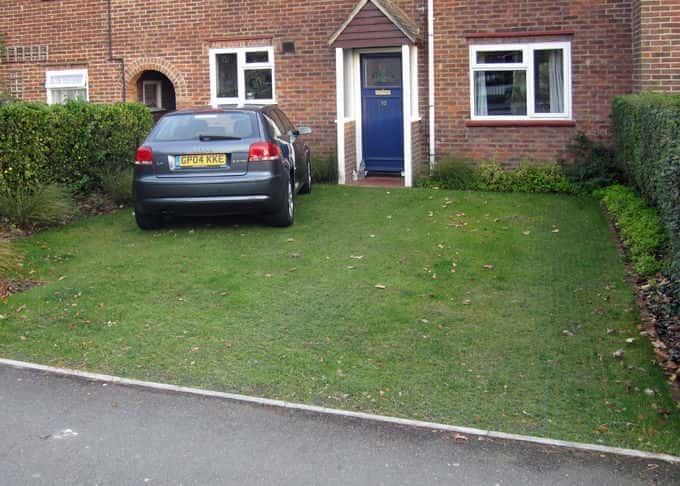 The same front garden with established stabilised grass surface