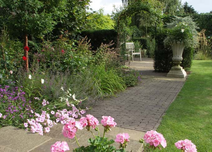 Private Garden - Mid Kent (Debbie Jolley MSGC dec'd)