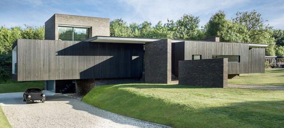Black House 02