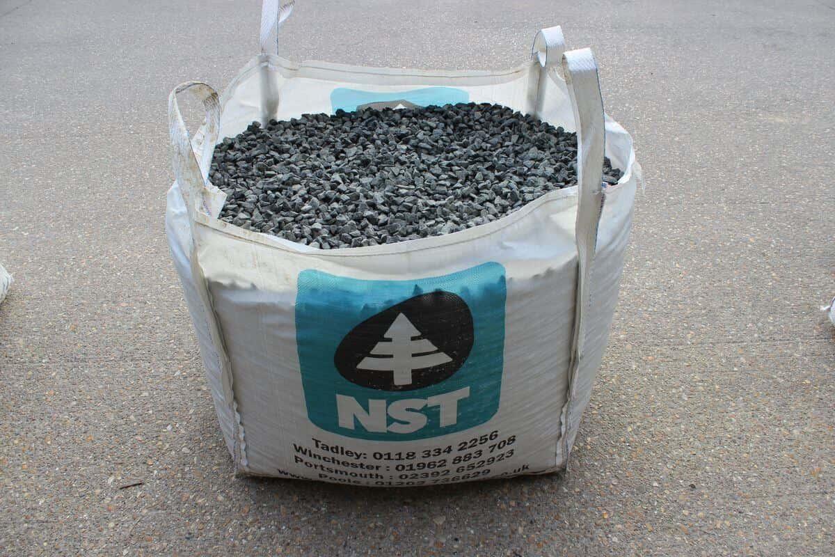 Black Granite Chippings