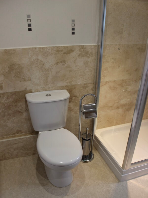 Ivory Filled and Honed Travertine Tile