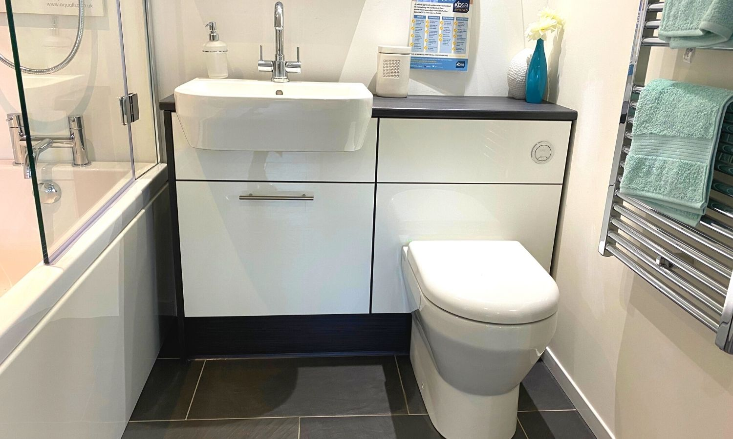 Fitted Furniture Set - Basin Unit with Drawer and WC