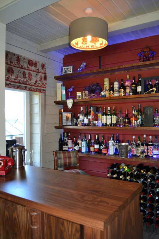 images/projects/country-home-bar-02.jpg 02