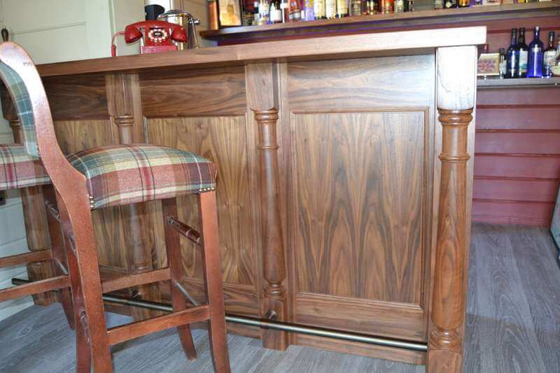 images/projects/country-home-bar-03.jpg 03