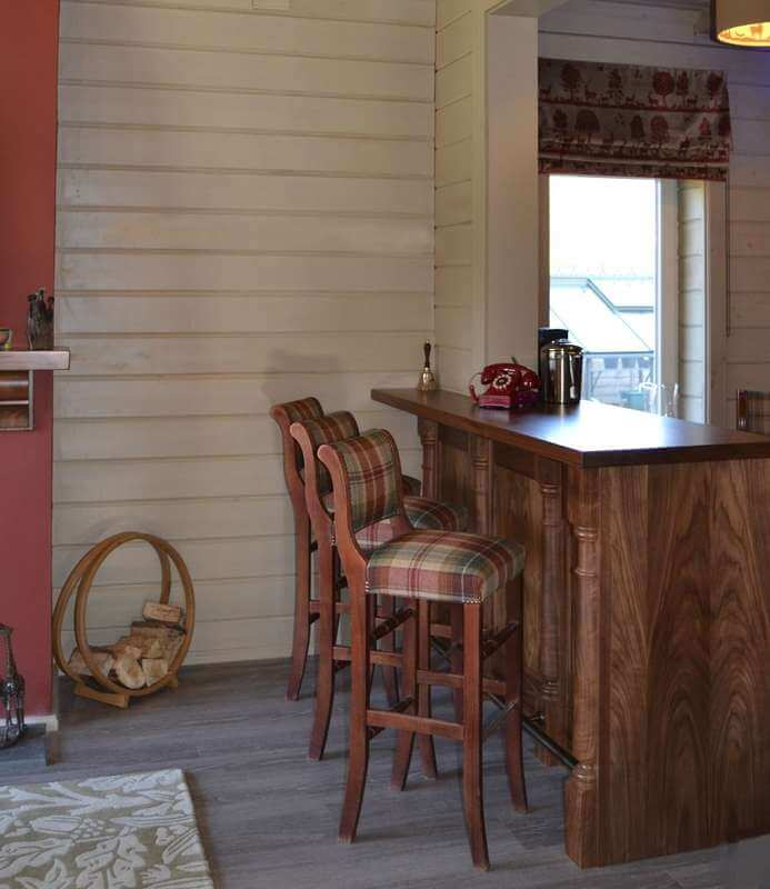 images/projects/country-home-bar-05.jpg 05