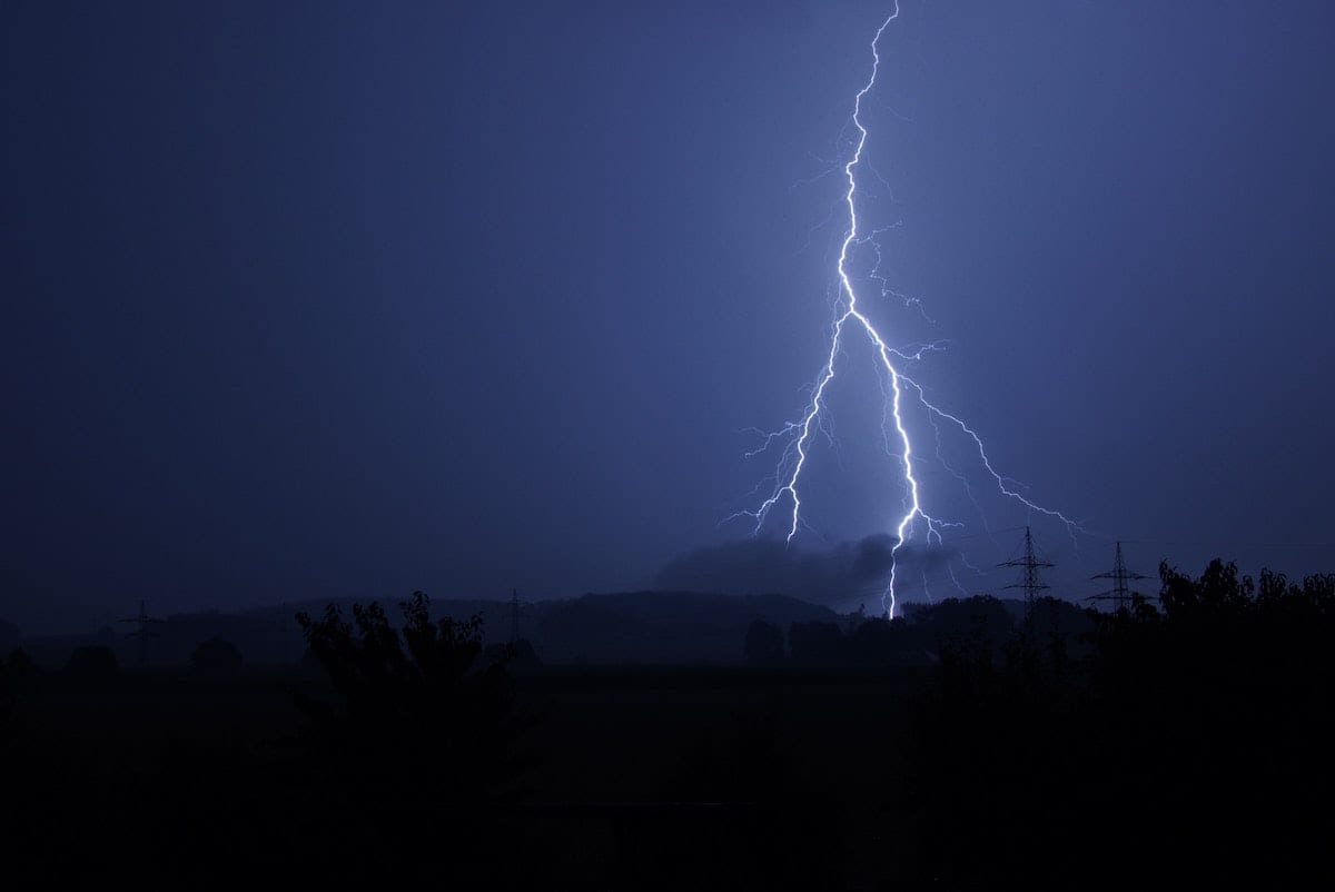 Keeping Seniors Safe In Thunderstorms
