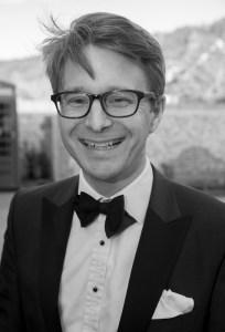 Celebrity auctioneer Jonathan Pratt to host charity Italian Night