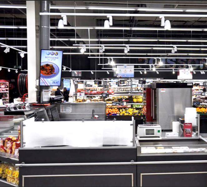 Retail led light testing