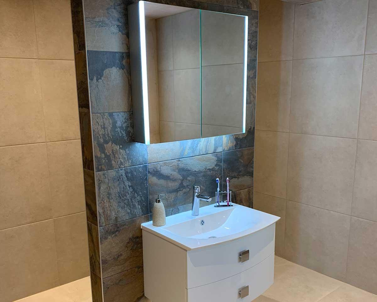 2 Large Bathrooms, Detached House, Wilmslow, Cheshire 1