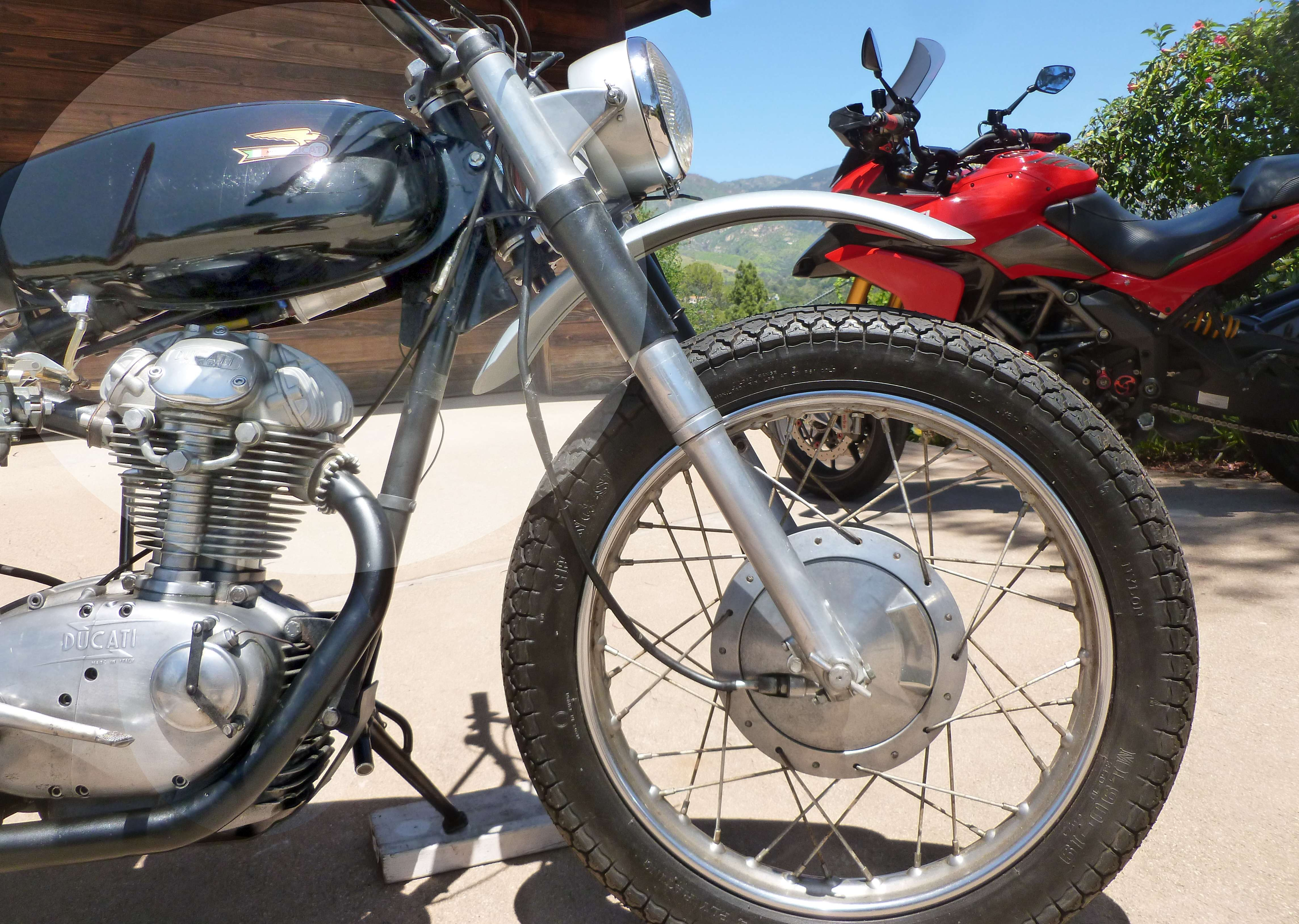 Ducati 1965 Scrambler 250 Narrow case 3