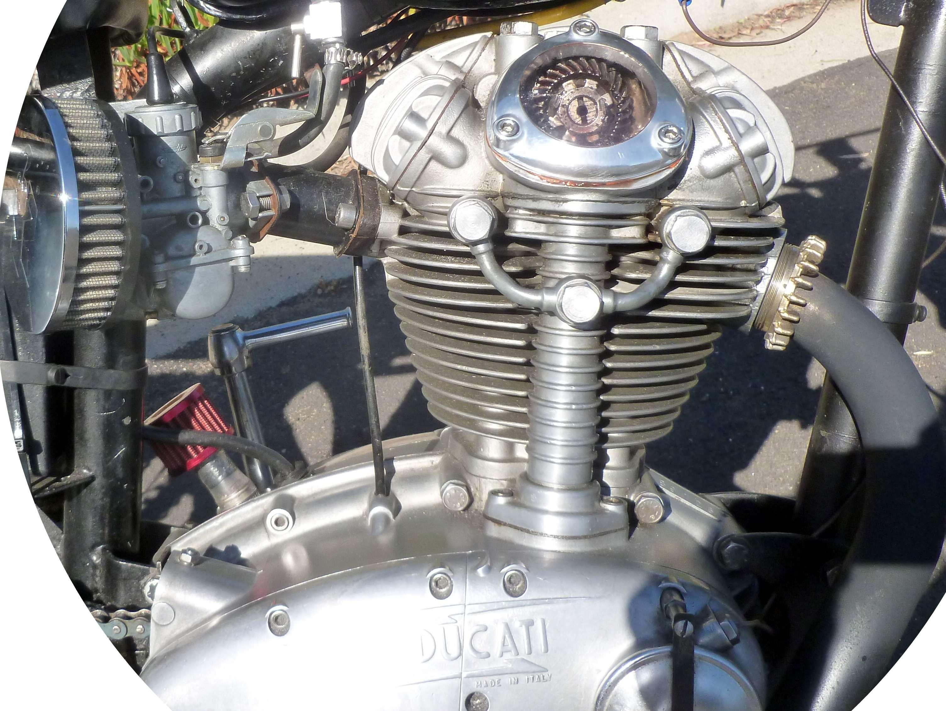 Ducati 1965 Scrambler 250 Narrow case 6
