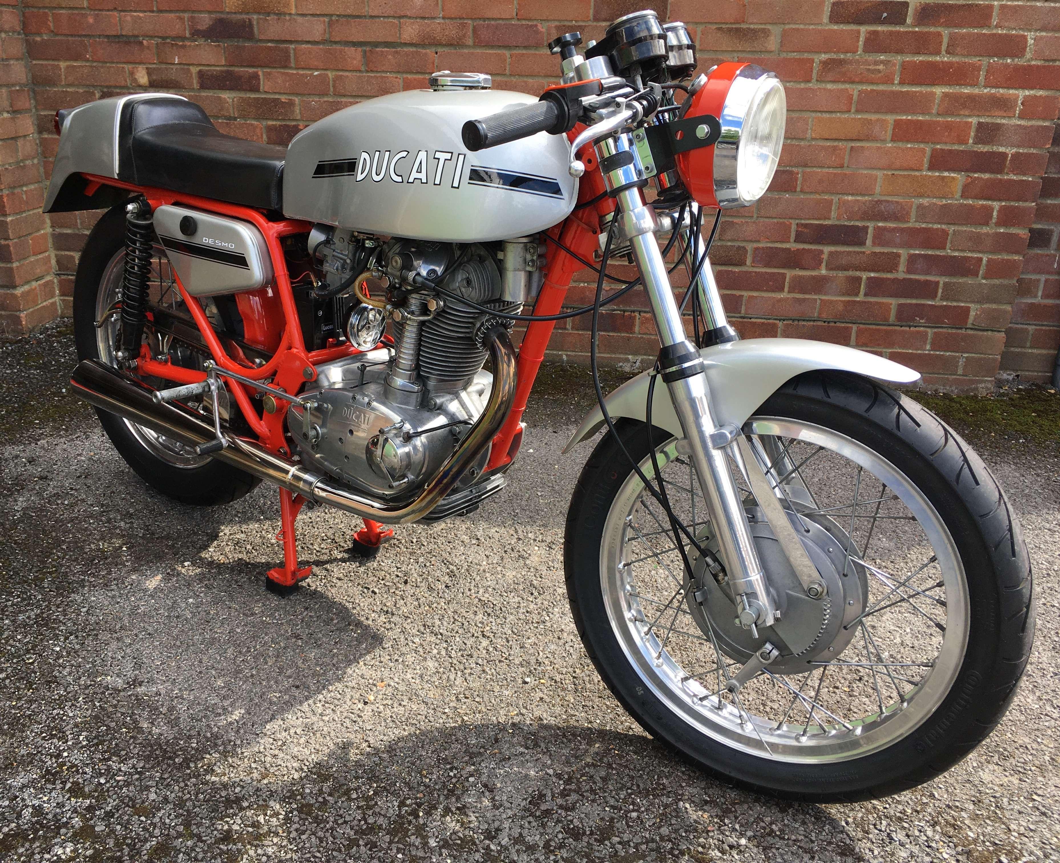 Ducati 450 Desmo 1972 6