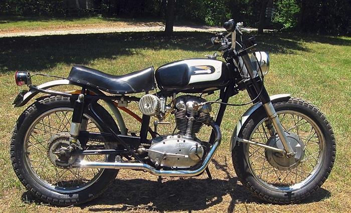 Ducati 250 Scrambler Americano 1966 Narrow case for sale 1