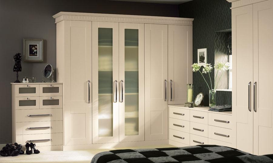 Bella Ivory Warwick Bedroom