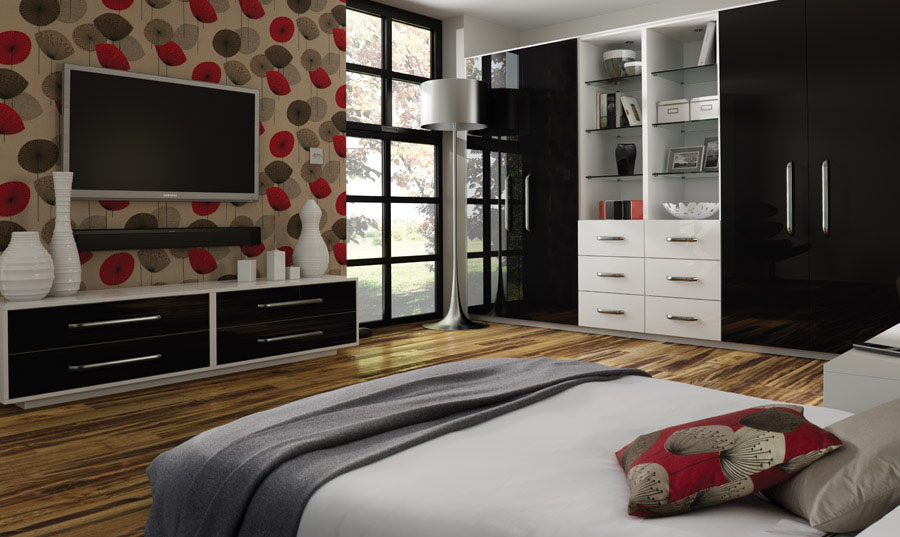 Zurfiz Ultragloss Black Bedroom