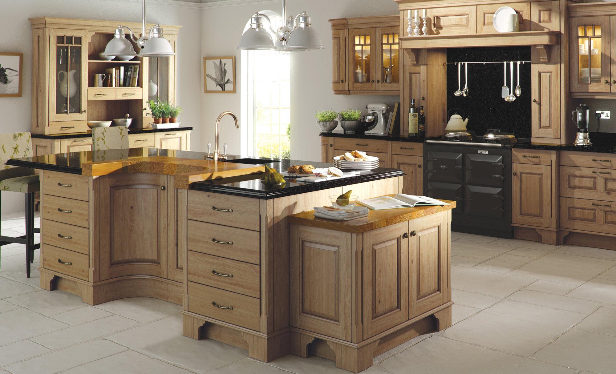 Uform Dante Light Oak Antiqued Kitchen