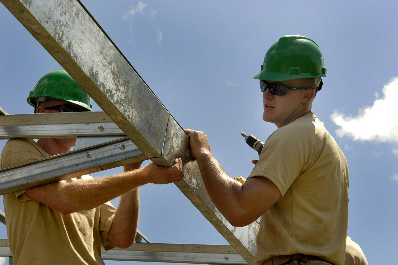 Picture of Builders Not Using Wood