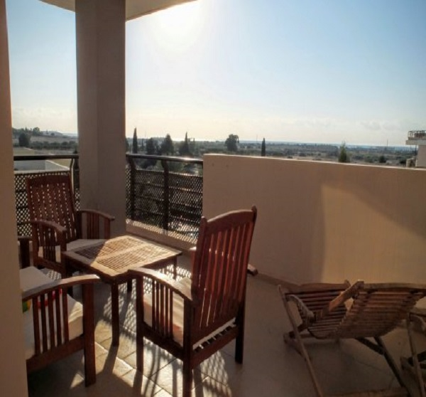 Luxurios & spacious 1 bedroom flat with sea view